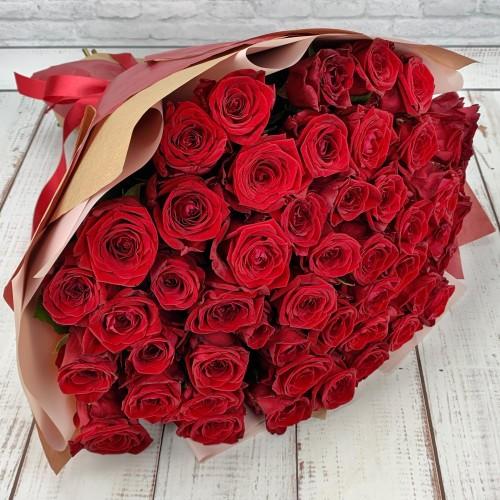 Букет из 51 бордовой розы